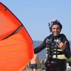 clases de kite en tarifa, kite local school deporte y diversión