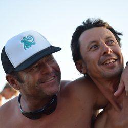 clases de kite kitesurf en tarifa, deporte, diversion y amistad