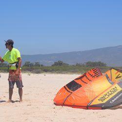 clases de kite de mano de profesinales con experiencia, cursos semi-privados